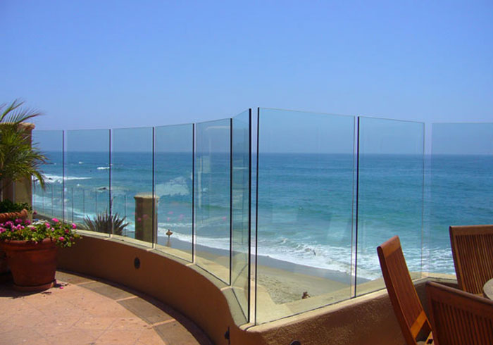 Exterior Decorative Glass Railings