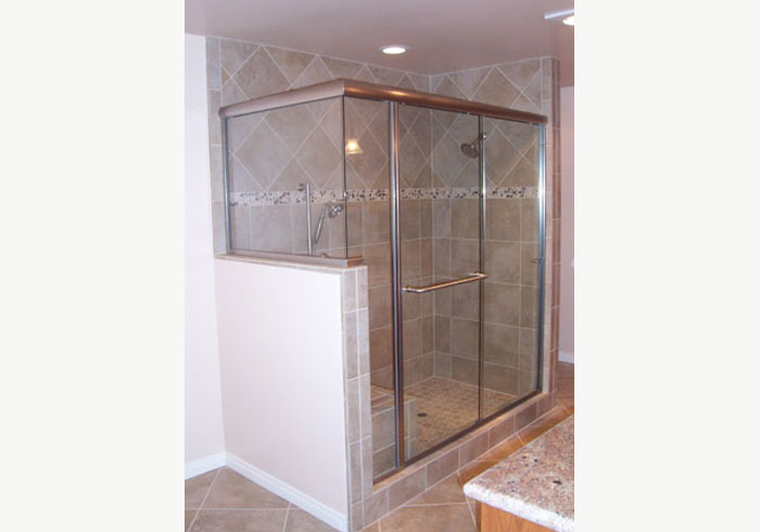 Luxury Shower Glass Enclosures
